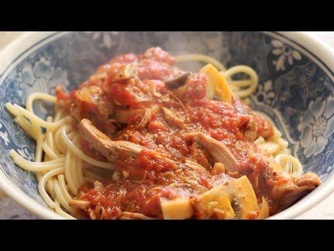 Dad's Rich & Hearty Spaghetti Sauce Short
