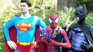 SPIDER-MAN vs SUPERMAN BATMAN WONDER WOMAN - Toy Battle! Real Life Superhero Movie - TheSeanWardShow
