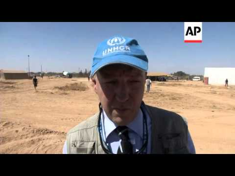Australian Governor General visits refugee camp, meets King Abdullah
