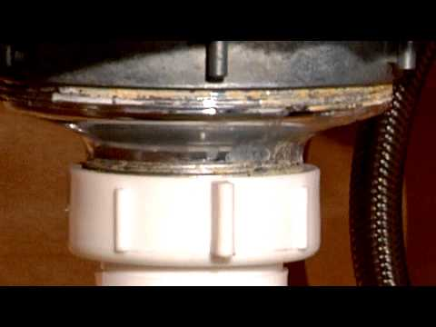 How to Stop a Kitchen Sink From Leaking Where the Basket Is Installed : Home Sweet Home Repair