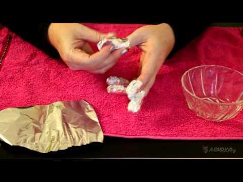 ASMR Removing Gel Nail Polish - Aluminum Foil (Alfoil) Method (no talking)