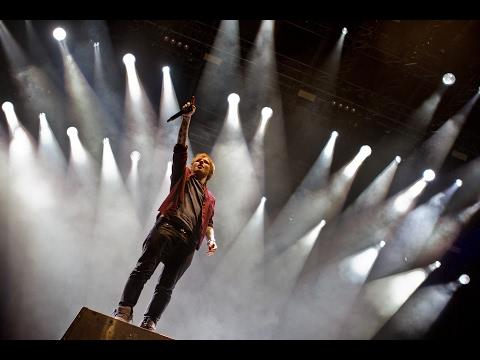 Ed Sheeran - Live in Australia 2017 Part 1   I See Fire,Feeling Good,P2 Shape of you.