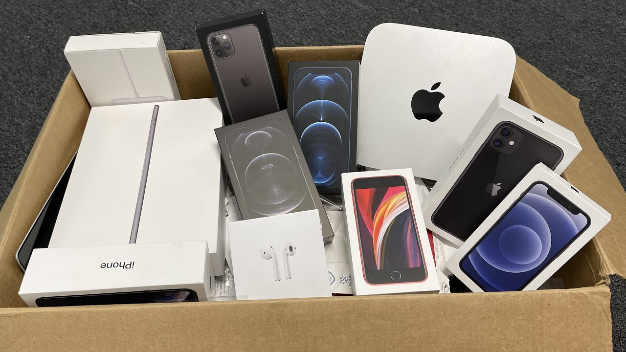 APPLE STORE TRIED HIDDING THIS FROM US!! MASSIVE APPLE STORE DUMPSTER DIVING JACKPOT!!