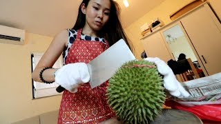 Japanese girl becomes Durian addict after Malaysia Trip