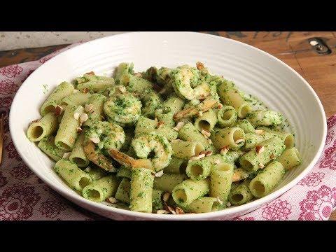 Pasta with Shrimp and Arugula Pesto | Episode 1200