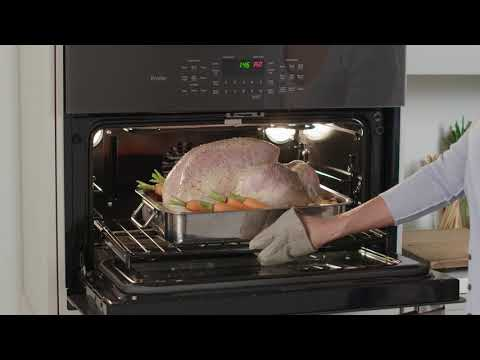 Large Capacity In Lower Oven