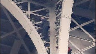 La tour Eiffel évacuée à cause d'un grimpeur