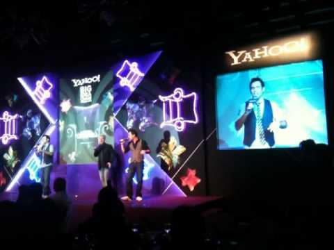 Metro sings 愛是懷疑 @ 2011 Yahoo! Big Idea Chair Awards Presentation