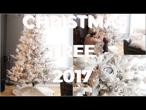 DECORATE WITH ME 2017 | Christmas Tree Decorating | White Christmas