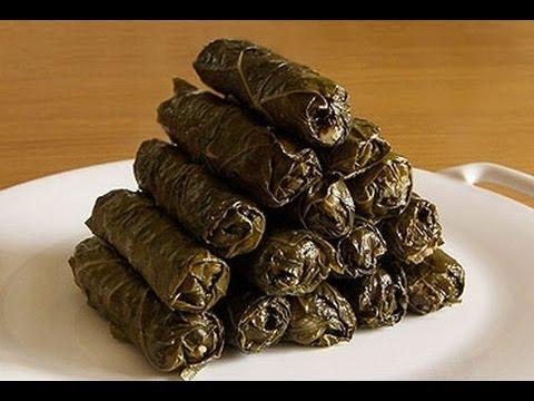 طريقة عمل محشى ورق العنب Stuffed Vine Leaves