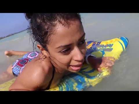 Xxx Mp4 Liza Koshy Funny Moments In David Dobrik 39 S Vlogs 3gp Sex