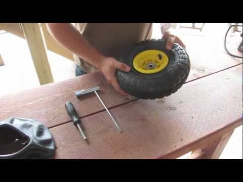 How to change an inner tube in a Hand Truck / Wheelbarrow tire