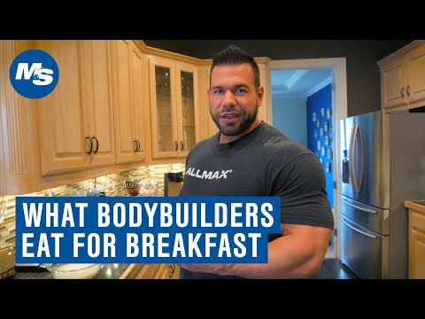 What Bodybuilders Eat For Breakfast | Steve Kuclo's Muscle Building Breakfast