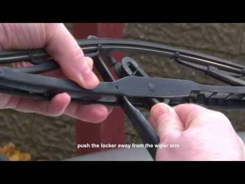 BMW 3 Series E46 - Replacing wiper blades