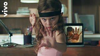 Vivo Fibra - Menina Kung Fu