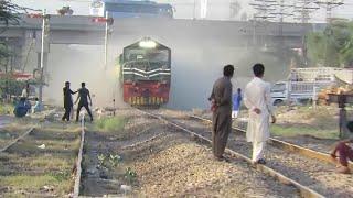 Pakistan Railways | Fastest Train Ever in 2018| Crazy People on Railway Track | Entertainment worldz