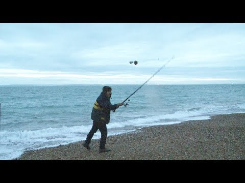 Beach Fishing Tips - Scavenging for Bait - Rigs, Tips, Tactics - Catch More Fish