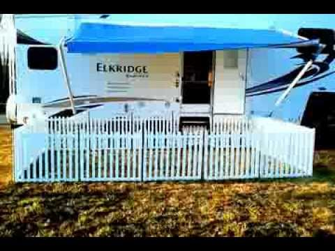 Portable  camping fence. picketplayfencing.com