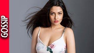 Riya Sen Pulled Down Co Star Pants On The Set - Bollywood Gossip 2017