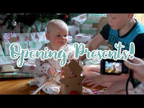 Opening presents Christmas day | Full video