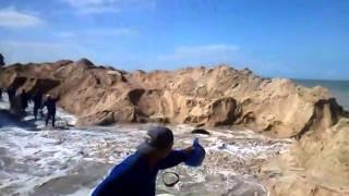 Tsunami na praia de Pau amarelo Paulista PE