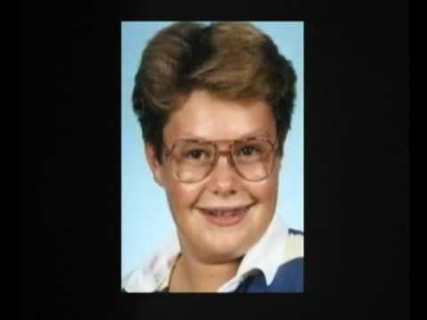 Can You Guess The Old Yearbook Celebrity Pictures?