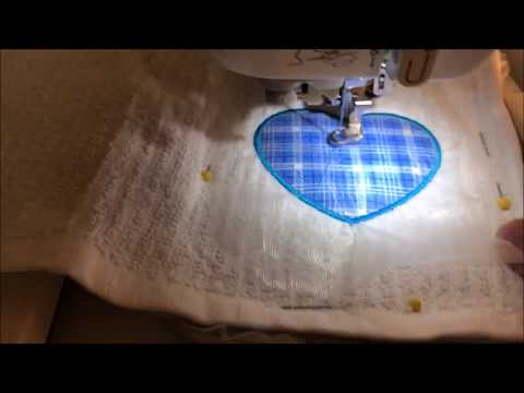 Embroidery Machine - Basic Applique With The Designs On Your Machine - Brother SE425/SE400 PE