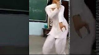 Beautiful Indian | Girl Home Dance | Whatsapp Video Dance Hot
