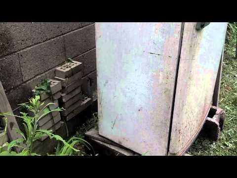 Refrigerator smoker