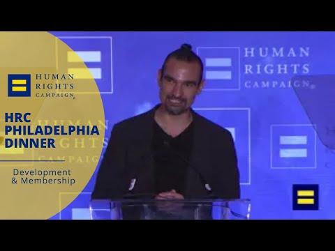 Javier Muñoz Receives HRC's Visibility Award in Philadelphia