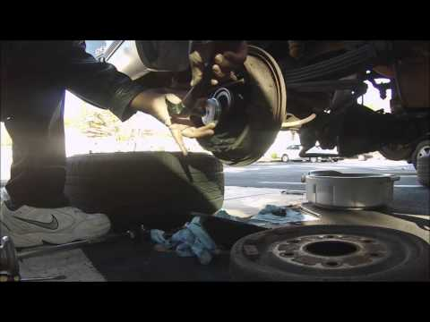 Replace axle bearing 96 Tahoe