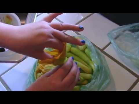 Zucchini Blossoms: A Quick Prep Tip