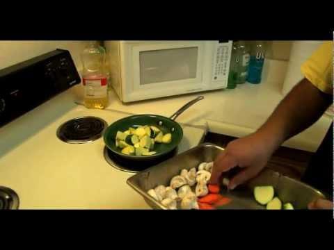 How to Make Steam Summer Vegetables