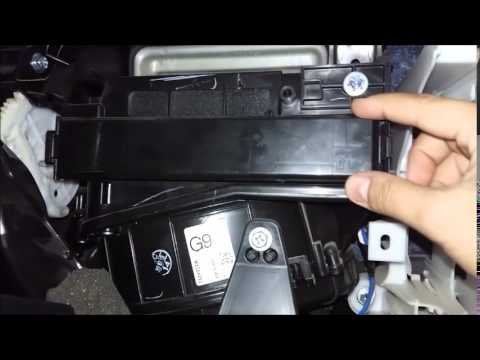 Cleaning air conditioning filter toyota corolla