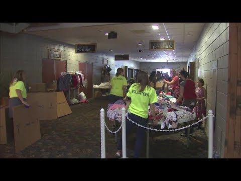 SoCal wildfire victims get help with donations of food and water