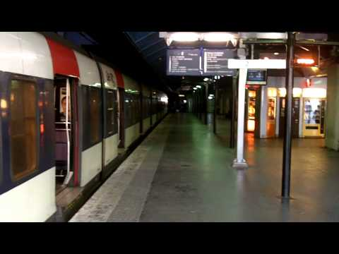 How to get to Disneyland Paris on the Metro - English (HD)