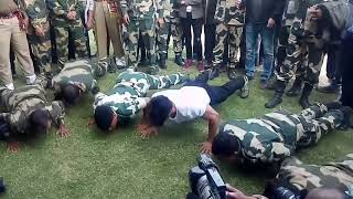Vidyut Jamwal : Workout with BSF Jawan