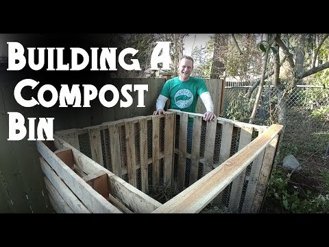 How to Build an Easy Pallet Compost Bin