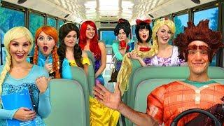 RALPH'S DISNEY PRINCESS CARPOOL BUS RIDE. (Vanelope, Ariel, Rapunzel, Belle, Elsa and Anna)