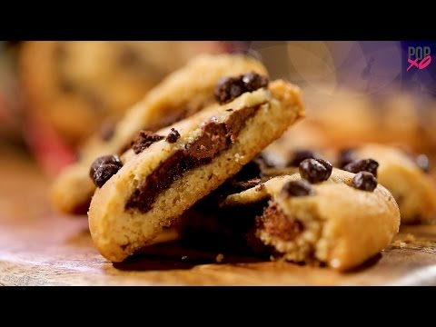 How To Make Nutella Stuffed Chocolate Chip Cookies - POPxo Food