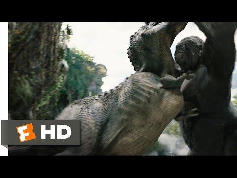 King Kong (4/10) Movie CLIP - Kong Rescues Ann (2005) HD