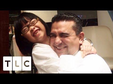 Little Girl Bakes to Raise Money for Ill Sister | Cake Boss