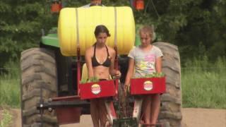 Maryland Farm Couple Sells Produce Locally - America