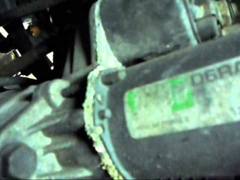 How to change the starter in a Saturn S series.