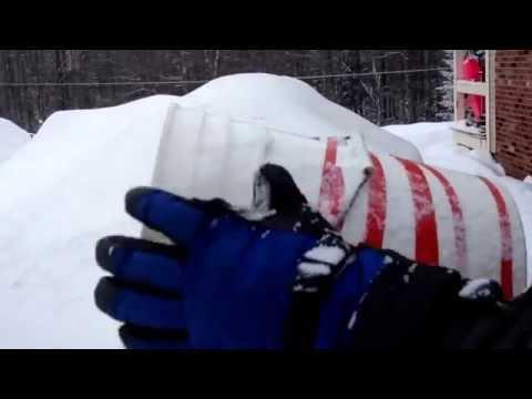 DIY SNOW Roof Rake -  Snow Removal Bucket - Lowe's / Home Depot Supplies!