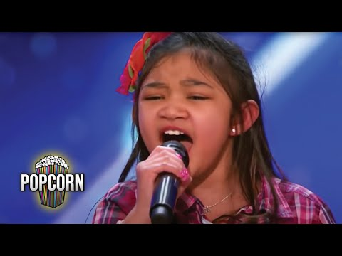 Xxx Mp4 America 39 S Got Talent 2017 Angelica Hale 9 Year Old Stuns Simon Amp The Crowd Full Audition S12E02 3gp Sex