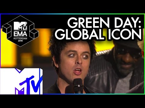 Green Day Accept Global Icon Award | 2016 MTV EMA