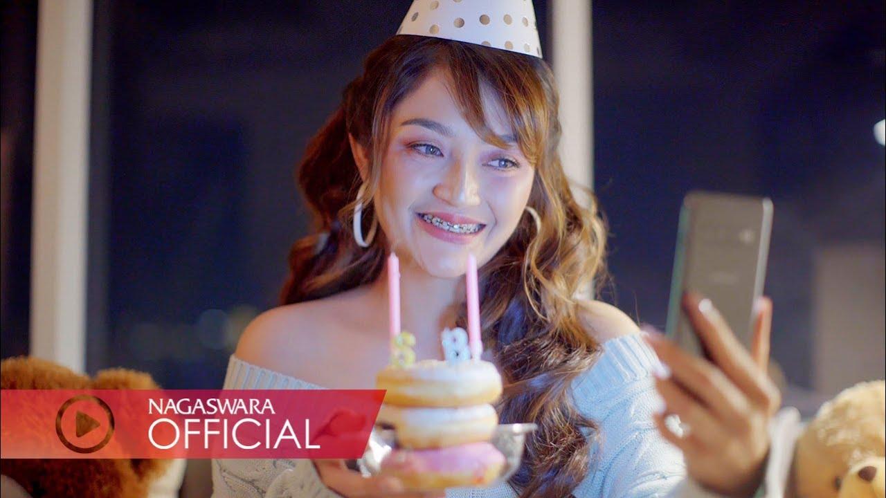 Download Siti Badriah - Video Call Aku MP3 Gratis