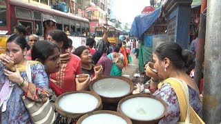 Crowd Mad for Cool Lassi @ 25 rs Per Cup | India Kolkata Bara Bazar Street Food