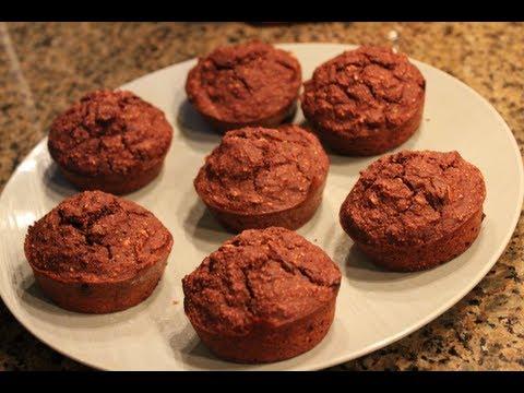 Bodybuilding Dessert:  Chocolate Oat Muffins